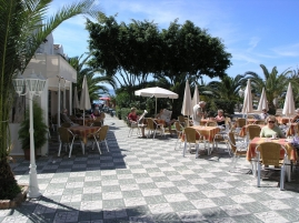 Pavement cafes near Torrecilla Beach